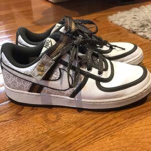 Nike Sneakers - Good with Reptile Print